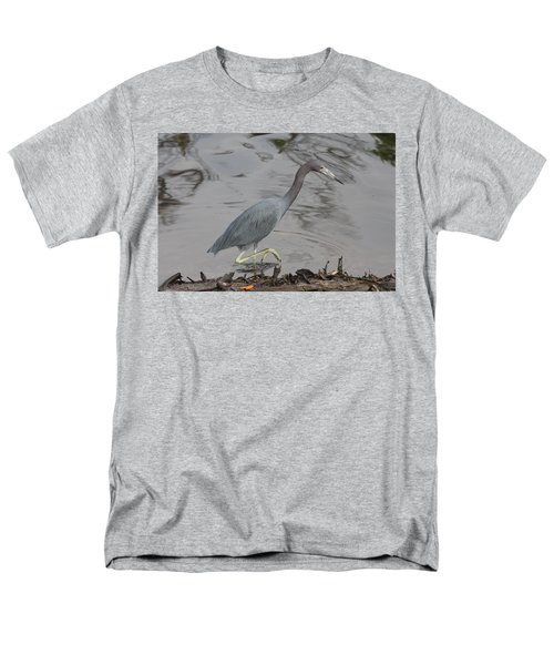 Men's T-Shirt  (Regular Fit) featuring the photograph Little Blue Heron Walking by Christiane Schulze Art And Photography
