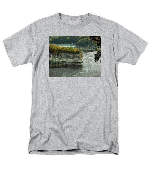Long Point Clff Men's T-Shirt  (Regular Fit)