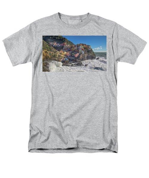 Manarola In Cinque Terre  Men's T-Shirt  (Regular Fit)