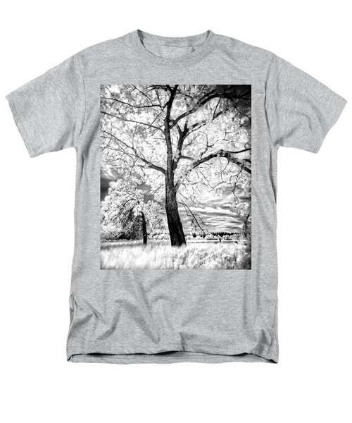 Men's T-Shirt  (Regular Fit) featuring the photograph Music Moves The Soul by Dan Jurak