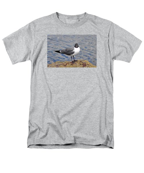 Men's T-Shirt  (Regular Fit) featuring the photograph Bird by Glenn Gordon