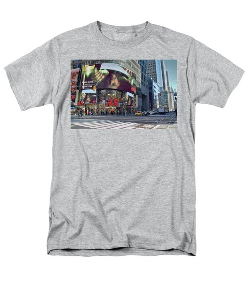 New York City - Broadway And 42nd St Men's T-Shirt  (Regular Fit) by Dyle Warren