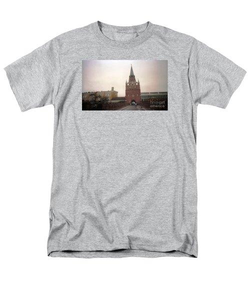 Russia Kremlin Entrance  Men's T-Shirt  (Regular Fit) by Ted Pollard