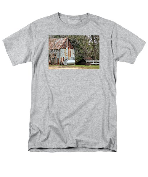 Rusted Tin Shed In Burnt Corn Men's T-Shirt  (Regular Fit)