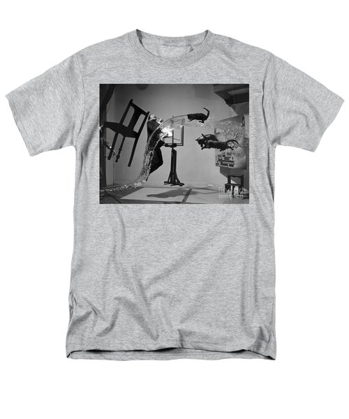 Salvador Dali 1904-1989 Men's T-Shirt  (Regular Fit) by Granger