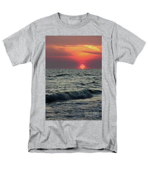 Siesta Key Sunset Men's T-Shirt  (Regular Fit) by Terri Mills