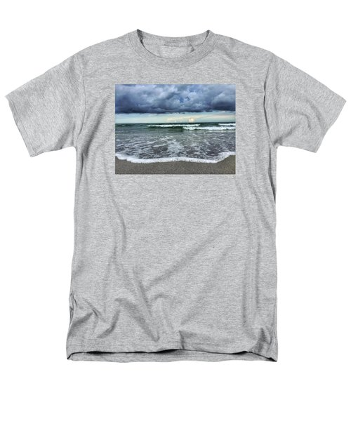 Stormy Waves Men's T-Shirt  (Regular Fit)