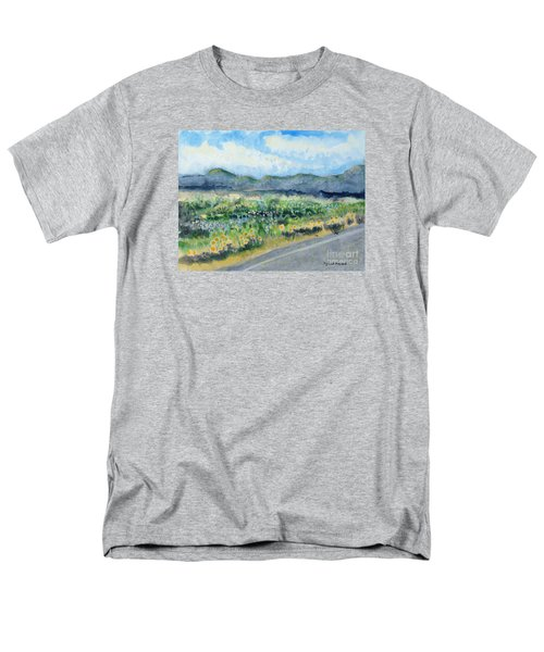 Sunflowers On The Way To The Great Sand Dunes Men's T-Shirt  (Regular Fit)
