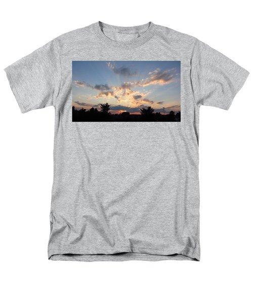 Sunlight Inspiration Men's T-Shirt  (Regular Fit)