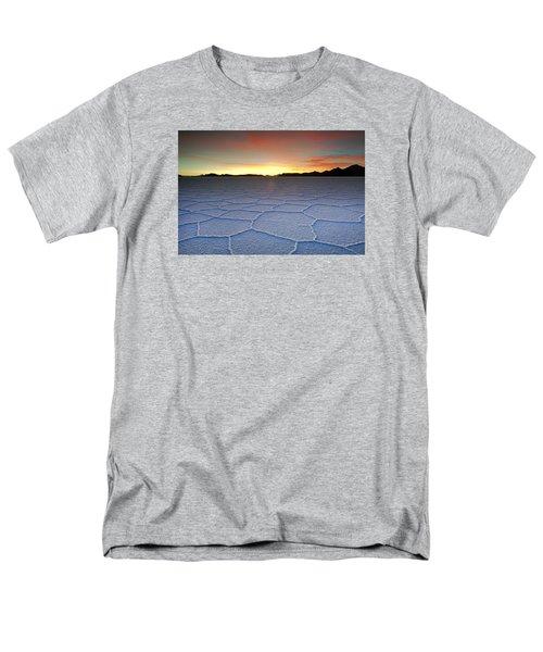 Lake Uyuni Sunset Texture Men's T-Shirt  (Regular Fit)