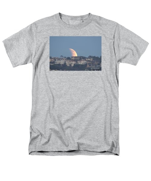 Super Moon Rise Men's T-Shirt  (Regular Fit) by Loriannah Hespe