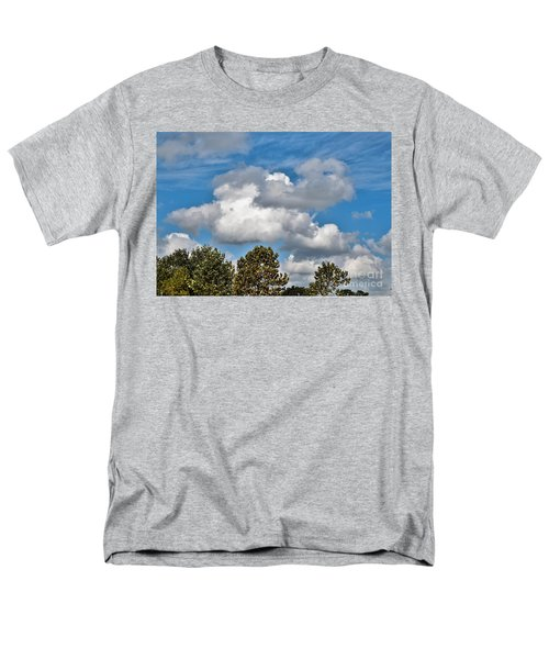 Men's T-Shirt  (Regular Fit) featuring the photograph Texas - Reach For The Sky.   by Ray Shrewsberry
