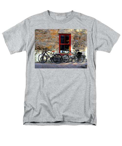 Men's T-Shirt  (Regular Fit) featuring the photograph The Break by Elfriede Fulda