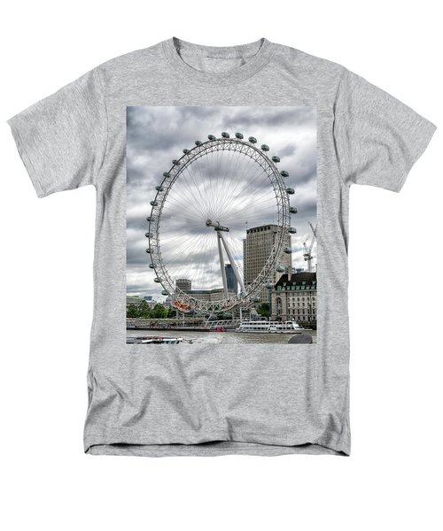 Men's T-Shirt  (Regular Fit) featuring the photograph The London Eye by Alan Toepfer