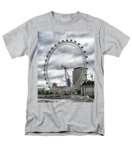 The London Eye Men's T-Shirt  (Regular Fit) by Alan Toepfer