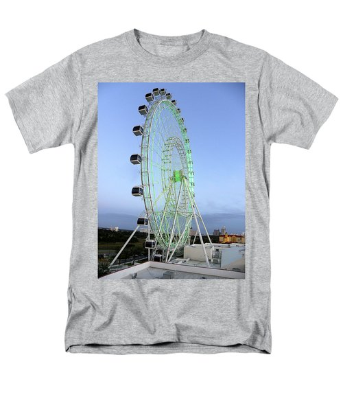 Men's T-Shirt  (Regular Fit) featuring the photograph The Orlando Eye 000 by Chris Mercer