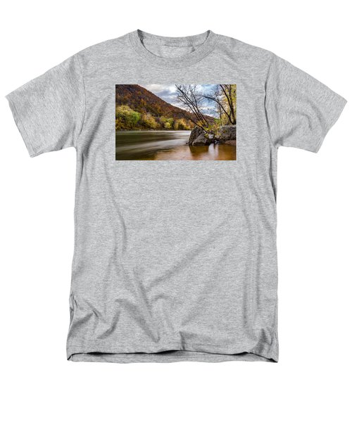 The Potomac In Autumn Men's T-Shirt  (Regular Fit) by Ed Clark