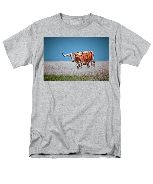 Men's T-Shirt  (Regular Fit) featuring the photograph The Texas Longhorn by Linda Unger