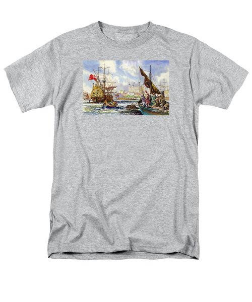 The Tower Of London In The Late 17th Century  Men's T-Shirt  (Regular Fit) by English School