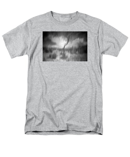 Turn Around  Men's T-Shirt  (Regular Fit)