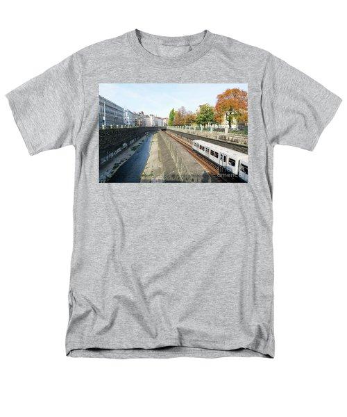 Vienna Canal Men's T-Shirt  (Regular Fit) by Christian Slanec