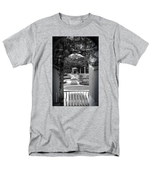 Vizcaya Garden Men's T-Shirt  (Regular Fit) by Edgar Torres