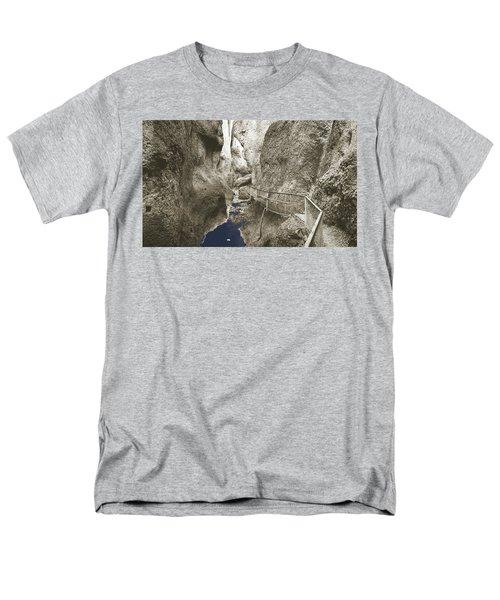 Whitewater Blu Men's T-Shirt  (Regular Fit)