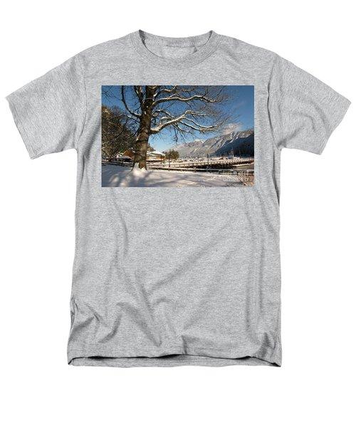 Winter Horseshoe Men's T-Shirt  (Regular Fit)