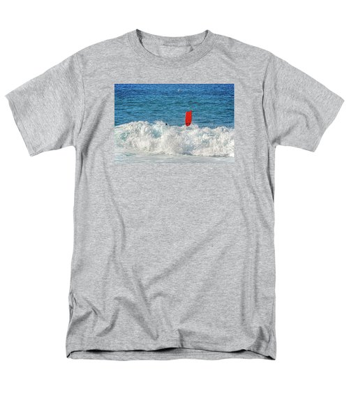 Men's T-Shirt  (Regular Fit) featuring the photograph Wipe Out by David Lawson