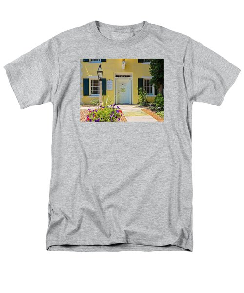 Men's T-Shirt  (Regular Fit) featuring the photograph Yellow House In Kingston by Nancy De Flon
