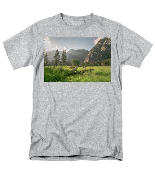 Sundown On The Valley Men's T-Shirt  (Regular Fit) by Ryan Weddle