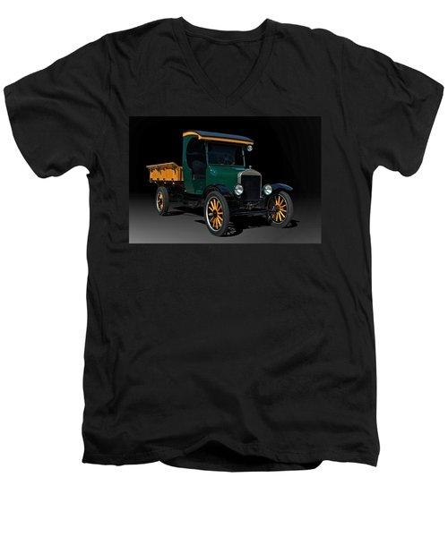 1923 Ford Model Tt One Ton Truck Men's V-Neck T-Shirt