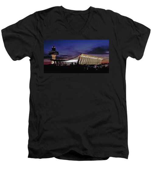 Dulles International Men's V-Neck T-Shirt