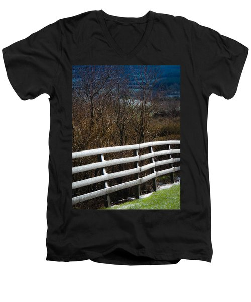 Irish Winter Men's V-Neck T-Shirt