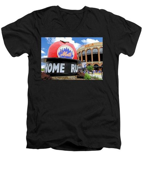 Mets Home Run Apple Men's V-Neck T-Shirt