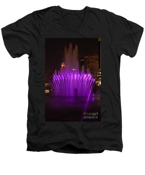 D101l-11 Scioto Mile Riverfront Park Photo Men's V-Neck T-Shirt