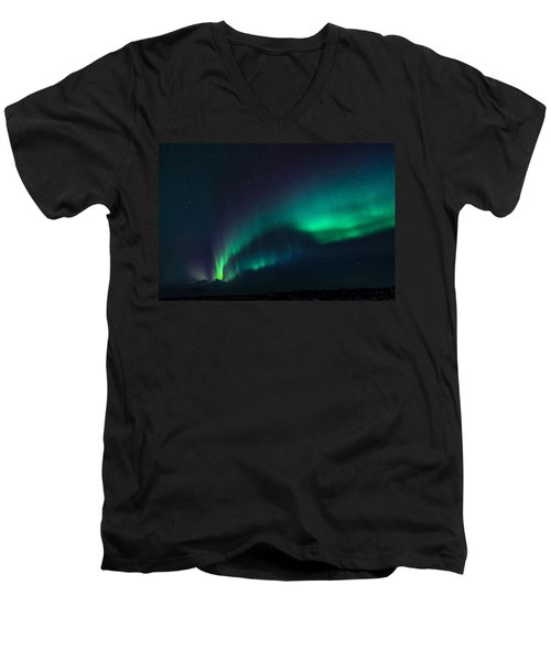 Stary Night Men's V-Neck T-Shirt