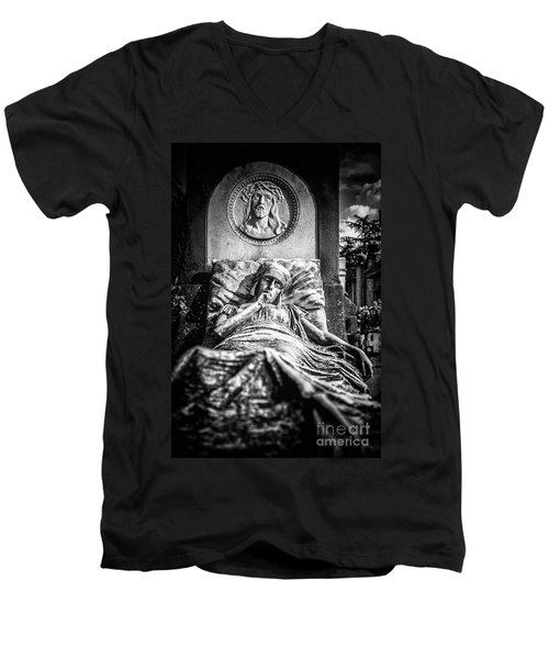 Cemetery Of Mantova Men's V-Neck T-Shirt