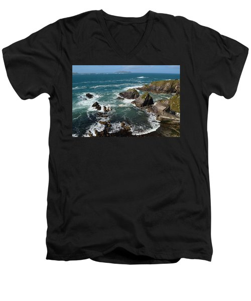 Blasket Islands Men's V-Neck T-Shirt