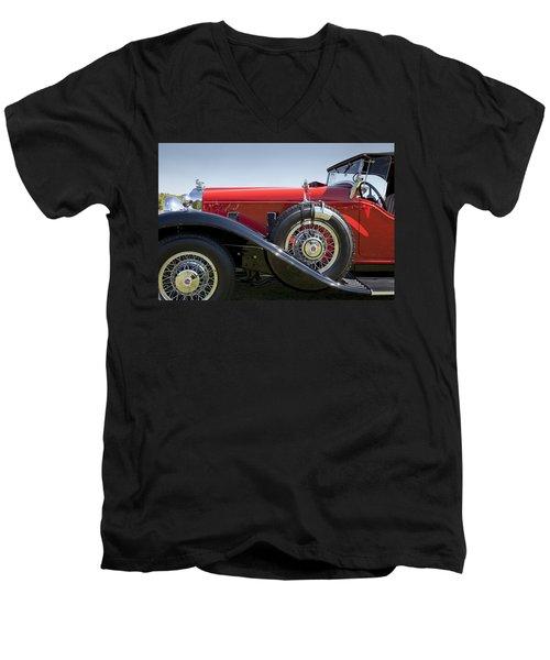 1932 Stutz Bearcat Dv32 Men's V-Neck T-Shirt