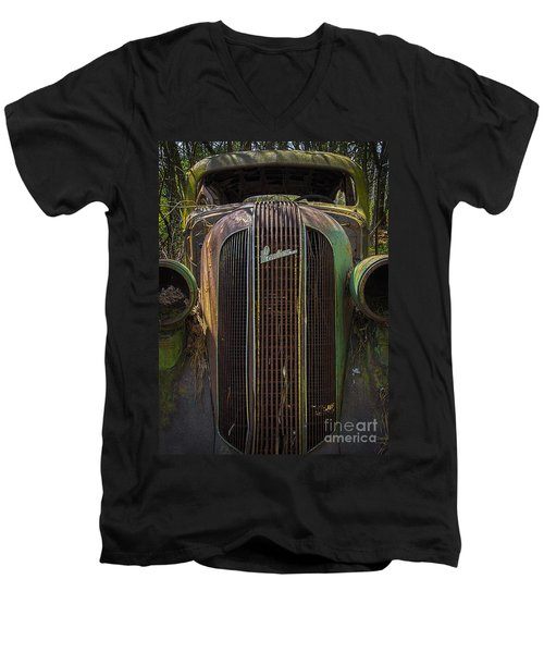 1936 Pontiac Head On Men's V-Neck T-Shirt