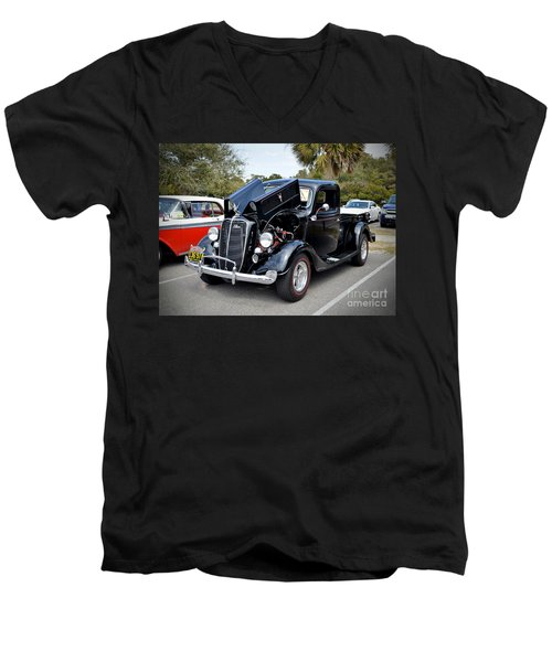 1937 Ford Pick Up Men's V-Neck T-Shirt