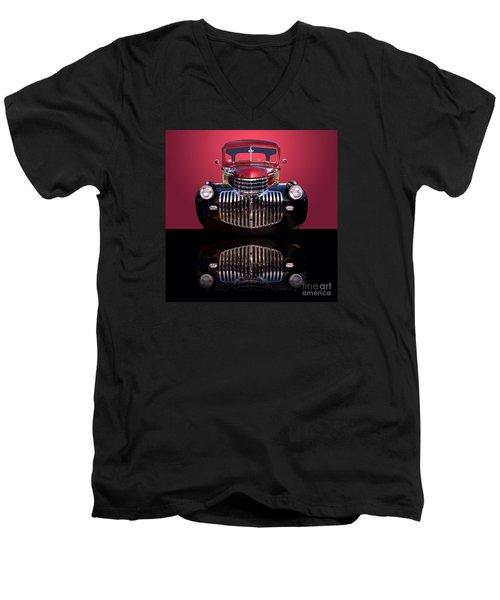1946 Chevy Panel Truck Men's V-Neck T-Shirt