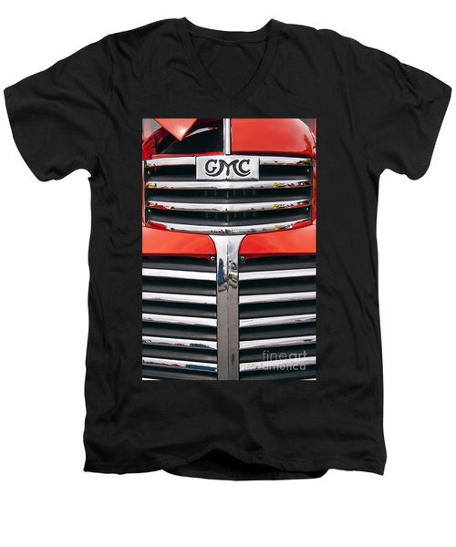 1946 Gmc Truck Grill Men's V-Neck T-Shirt