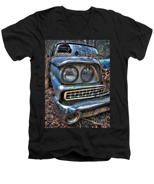 1959 Ford Galaxie 500 Men's V-Neck T-Shirt