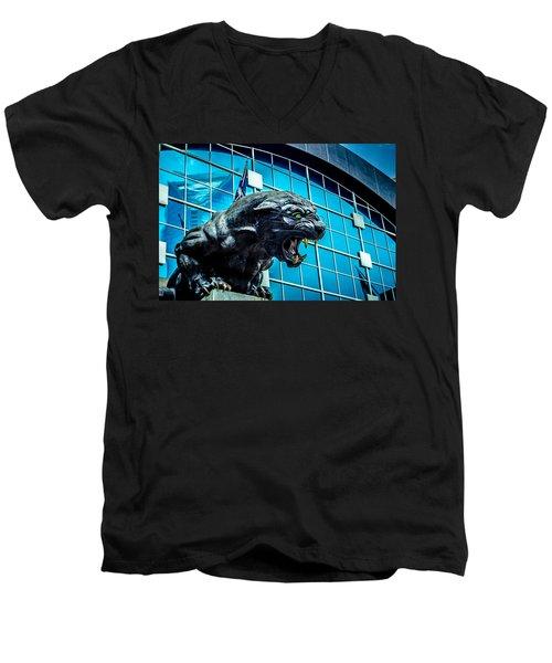 Black Panther Statue Men's V-Neck T-Shirt