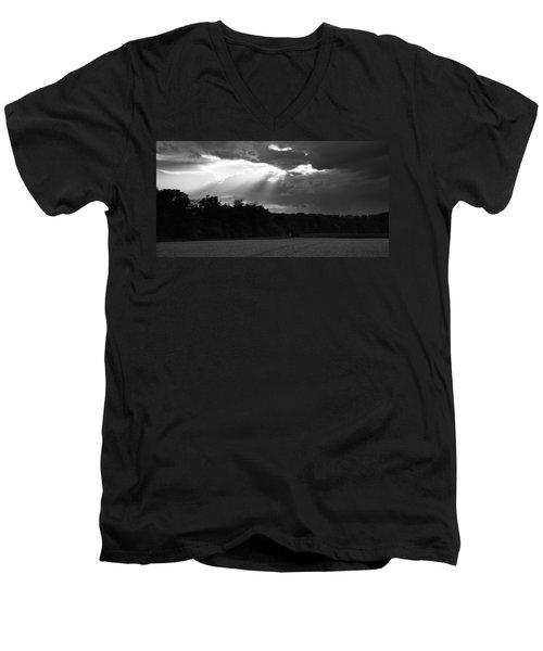 Breaking Storm Men's V-Neck T-Shirt