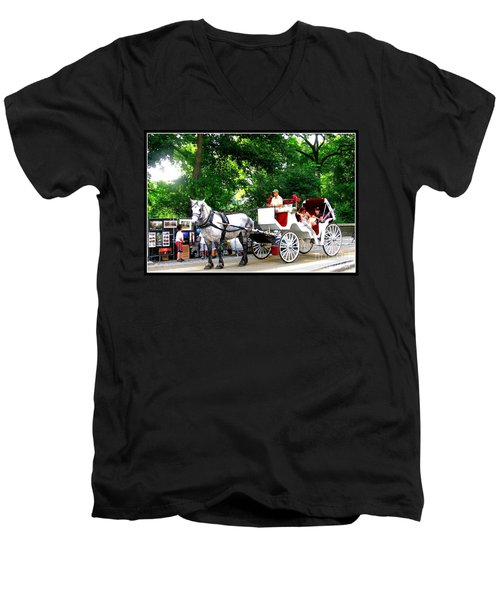 Horse And Carriage In Central Park Men's V-Neck T-Shirt
