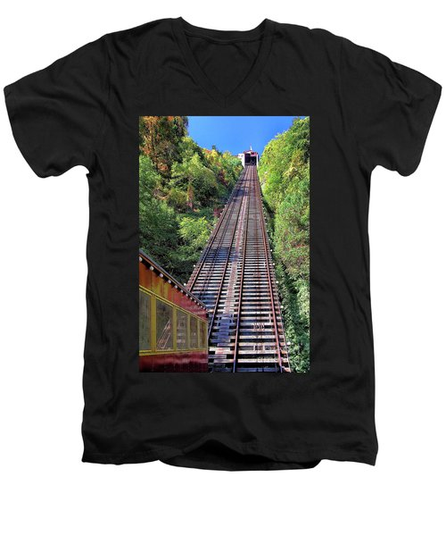 Johnstown Incline Men's V-Neck T-Shirt