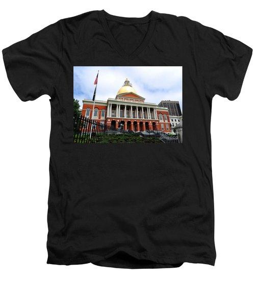 Massachusetts State House Boston Ma Men's V-Neck T-Shirt